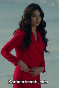 Kara Sevda 48 Bölüm Asuman kırmızı elbise markası