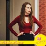 Kiralık Aşk 67 bölüm Defne'nin giydiği boyun askılı kırmızı triko kazak markası saatler içinde açıklanacaktır.