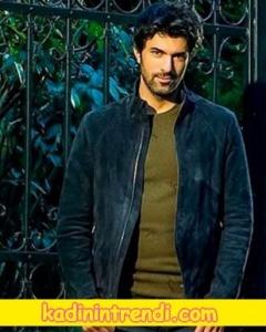 Ölene kadar 1 bölüm dizi kıyafetşeri Dağhanın giydiği lacivert süet ceket Desa marka.