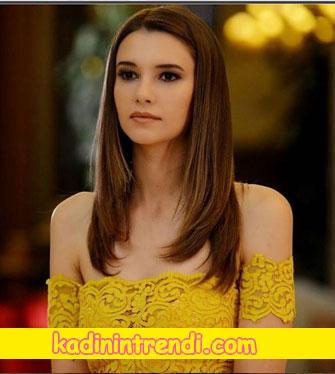 Bu şehir arkandan gelecek 1 bölüm dizi kıyafetleri Leyla Lydia Tuğutlunun giydiği sarı büstiyerin markası