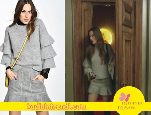 Bu Şehir Arkandan Gelecek 1. bölüm dizi kıyafetleri Derin'in eteği ve kazağı Boyner markadır.