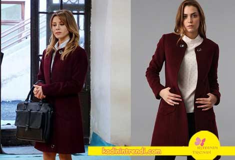 Adı-Efsane-1-bölüm-dizi-kıyafetleri-Bahar-karakterinin-giymiş-olduğu--kırmızı-kaban-markası