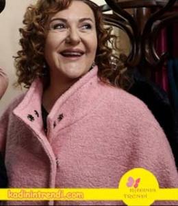 No-309-34-bölüm-dizi-kıyafetleri- Songül leylanın annesinin giydiği toz pembe kaban bir Boyner markasıdır.