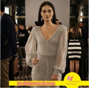 berilin-pudra payetli elbisesi Davet çok Elbisem Yok Marka küpeler Monreve marka