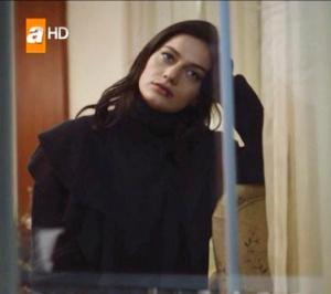 Ölene kadar Beril siyah kazak Natalia Kolazyon