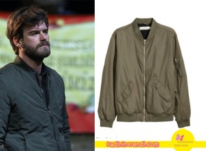 Cesur-ve-Güzel-17-bölüm-kıyafetleri-Cesurun Haki ceketi H&M marka