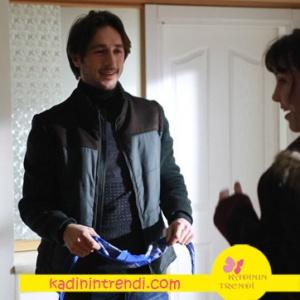 Aşk ve Gurur dizisinde Kadir'in montu ve siyah kazağı markaları açıklanacak.