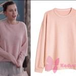 Fi dizisi 1. Bölümde Duru nun giydiği toz pembe sweatshırt markası H&M