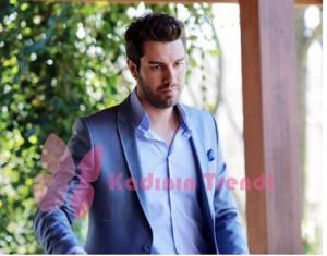 Furkan Palalı 44 bölümde giydiği açık mavi takım elbise Avva Marka