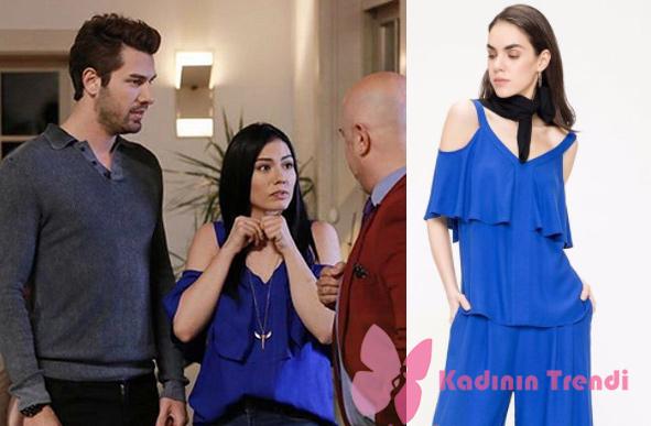 No 309 Lale'nin giydiği omuz kısmı açık mavi bluz Just Like You marka