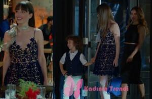 Dolunay 2. bölümde Nazlının giydiği lacivert güpürlü elbise markası araştırılıyor. Nazlı'nın boynuna taktığı çiçek desenli şifon fular Accessorize marka.