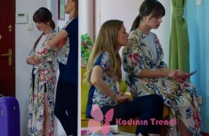 Nazlı'nın giydiği çiçek desenli kimono Zara marka.