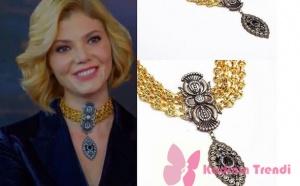Dolunay 8. bölüm Dizi Kıyafetleri Demet'in altın rengi ve gümüş rengi kolyenin markası Monreve