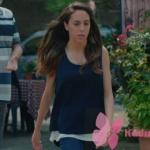 Kalp Atışı 7. Bölümde Eylü'lün giydiği Lacivert beyaz bluz Chilla marka