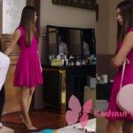 FAzilet Hanım ve Kızları dizisinde 15. bölümde Ecenin giydiği pembe elbise, stiletto ve pudra yuvarlak çanta markaları açıklanacak.
