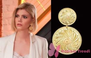 Dolunay Demet - Alara Bozbey Kıyafetleri Demet altın rengi küpeler Agjewelery Marka