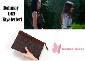 Dolunay Nazlı'nın japonca öğretmeni Manami pörtföy çantası Pinky Lola Design markadır.