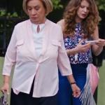 Fazilet hanım ve kızları son bölüm Selinin pembe püsküllü çantası Pinky Lola Design