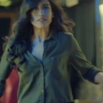 İstanbullu Gelin son bölümde Dilara'nın giydiği yeşil Gömlek
