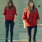 İstanbullu Gelin Süreyya Kırmızı kazak siyah pantolon ve süreyya siyah botlar