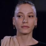 Fi Çi Dizi Kıyafetleri 2. Bölüm Duru'nun küpeleri Kismet By Milka markadır.