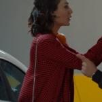 Kalp Atışı Merve kırmızı kareli kaban markası açıklanacak