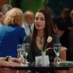Kalp Atışı dizisi son bölüm Nazlı yeşil elbise ve taş kolye markaları araştırılıyor