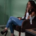 Meryem dizisi Beliz kombini Beliz omuz detaylı beyaz bluz Jean pantolon topuklu siyah ayakkabı nereden