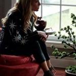 Ufak Tefek Cinayetler Pelin Kıyafetleri Pelin yıldız işlemeli siyah deri ceket markası Selma Çiçek