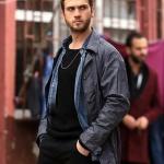Çukur Dizisi Kıyafetleri 7. Bölüm Yamaç kot gömlek ve Yamaç gri mont markası Diesel