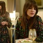 İstanbullu Gelin son bölümde Süreyya'nın giydiği siyah çiçek desenli elbisenin markası HM