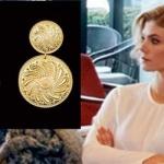 Dolunay dizisi Demetin taktığı altın rengi küpelerin markası Agjewelery
