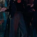 Fi 2. Sezon Kıyafetleri 3. Bölüm Özge siyah ceket özge gri pantolon